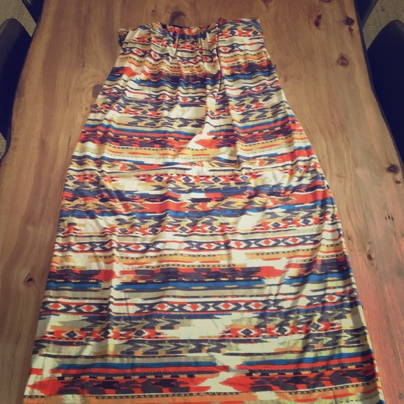 City Triangles Dresses & Skirts - Tribal print strapless dress